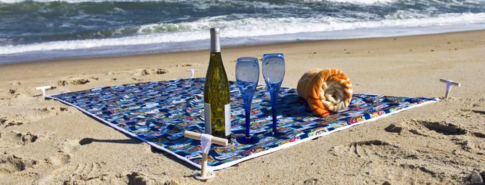 Have a picnic on the beach!
